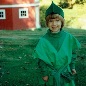 allison-williams-dressed-peter-pan-child