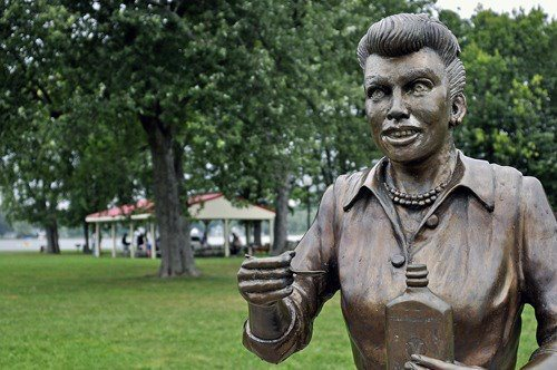 Lucy, what happened? Fans want 'ugly' Lucille Ball statue replaced